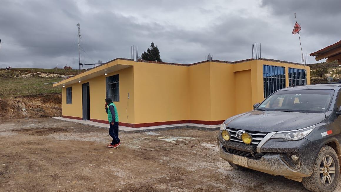 RECEPCIÓN DEL LOCAL COMUNAL DE SANTA CRUZ